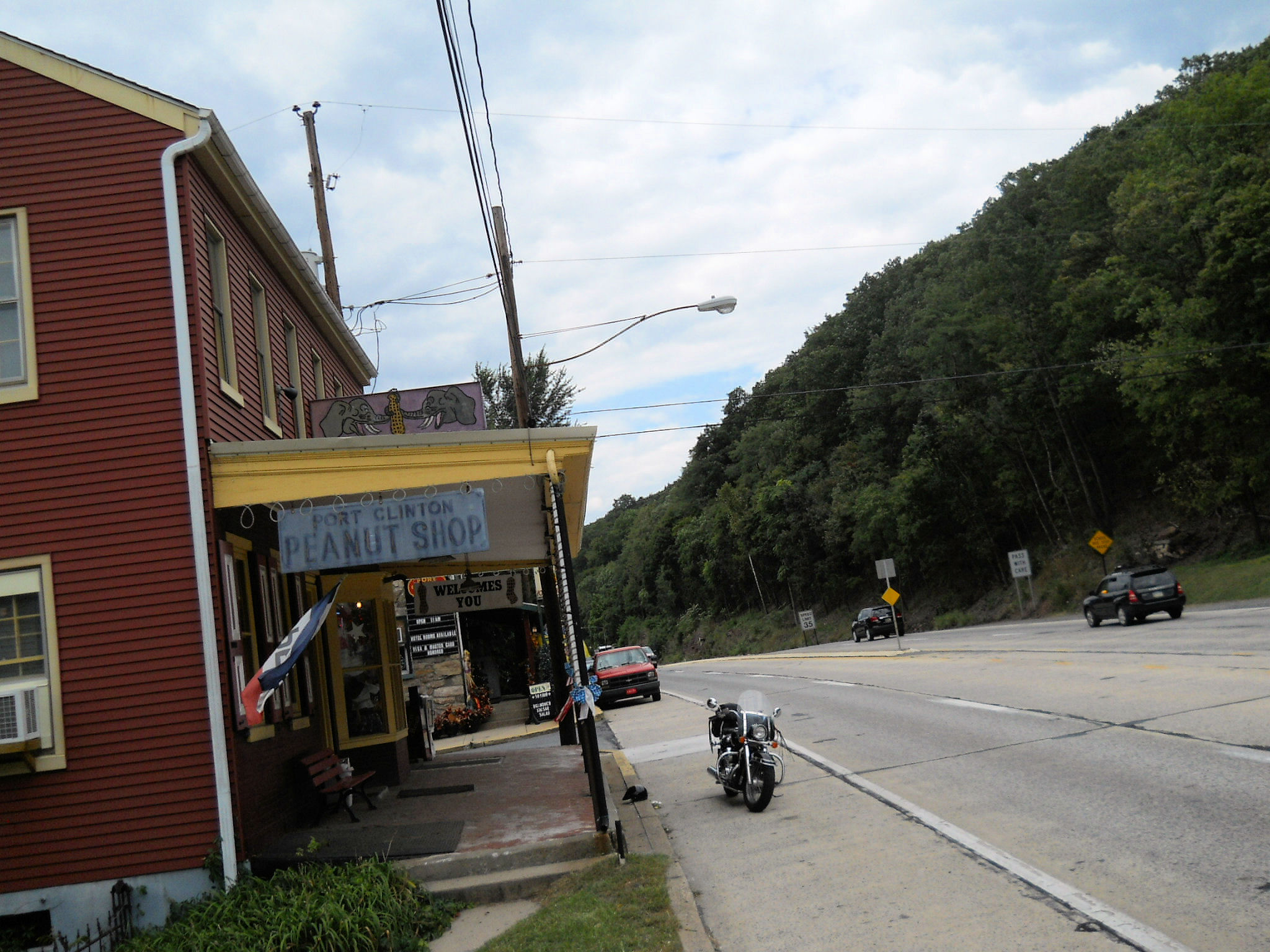 The Peanut Is Located Beside Port Clinton Hotel